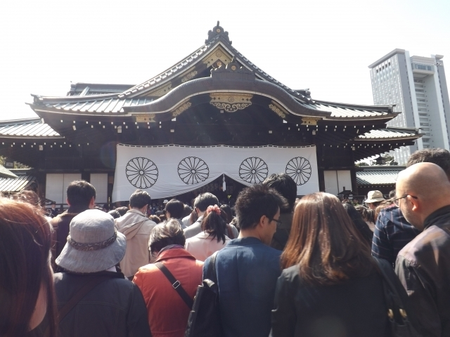 yasukuni_people_001.jpg